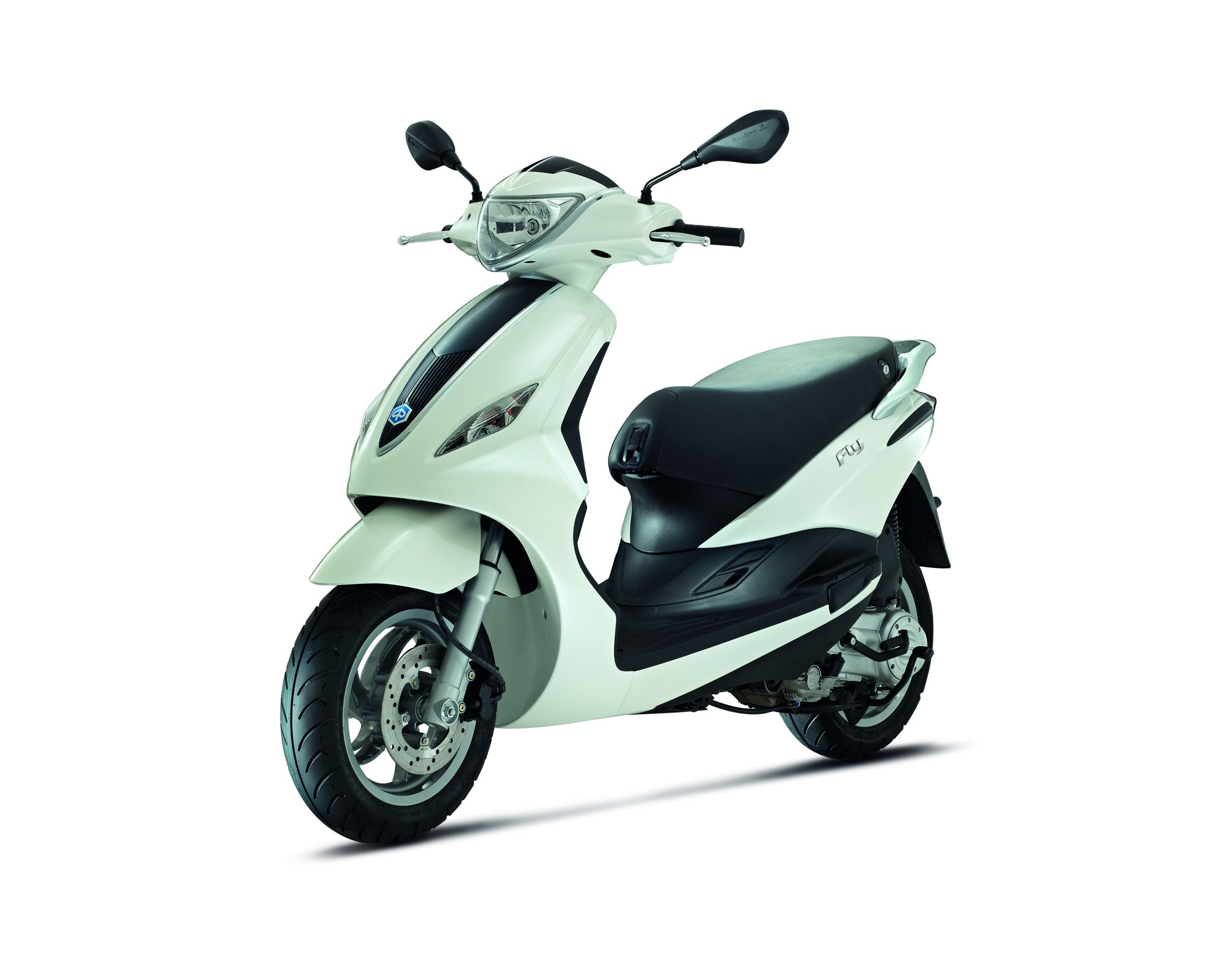 piaggio fly 125 3v ie is here cd scooters. Black Bedroom Furniture Sets. Home Design Ideas