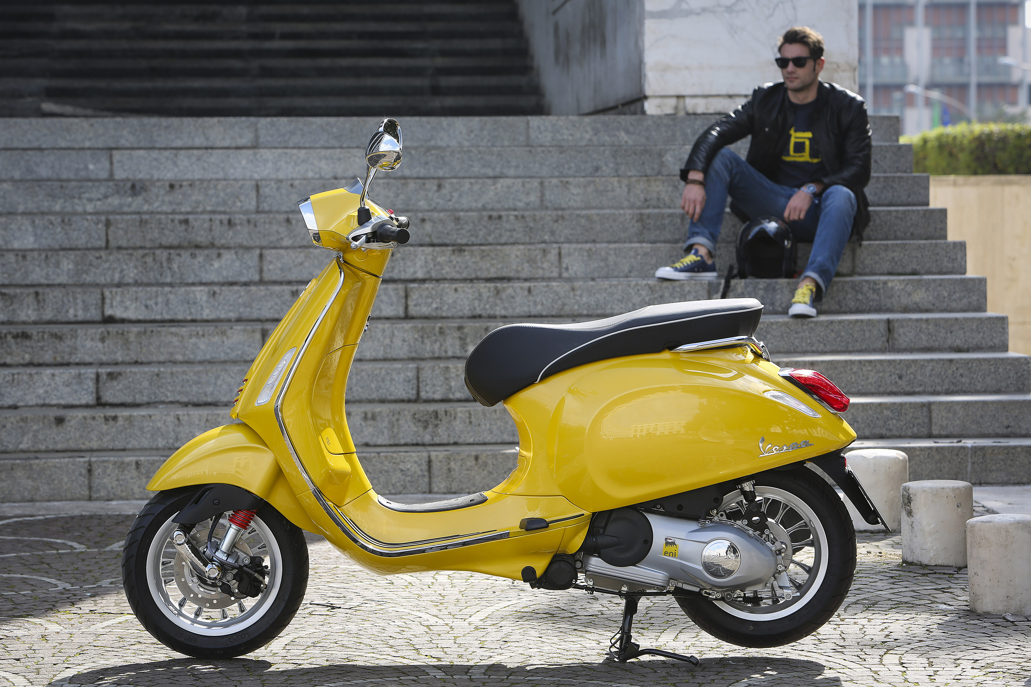 New Vespa Sprint | CD Scooters & Motorcycles